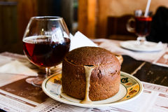 Suppe im Brot Stockfotografie