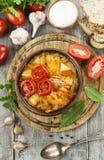 Suppe mit Kohl und Fleisch Lizenzfreies Stockfoto
