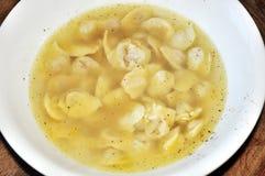 Suppe mit schwarzem Pfeffer Stockfoto
