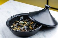 Suppe von den Miesmuscheln sahnig lizenzfreies stockfoto