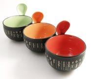 Suppeschüssel mit Löffel Stockfotografie