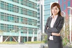 Femme asiatique sûre d'affaires Image stock