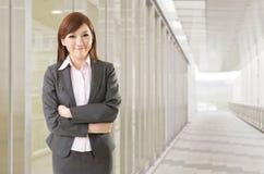 Femme asiatique sûre d'affaires Photographie stock libre de droits