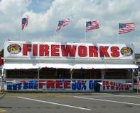 Support de feux d'artifice de TNT pour le Jour de la Déclaration d'Indépendance Photo stock