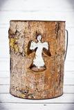 Support en verre de Tealight de bougie d'écorce en bois photos libres de droits