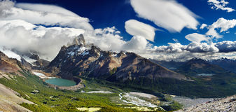 Support Fitz Roy, Patagonia, Argentine Photos stock