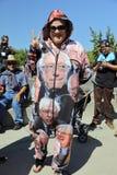 Supportern av Bernie Sanders på presidents- samlar, Modesto, CA Arkivfoton