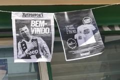 Free Supporters Of Juventus FC Going Mad For Cristiano Ronaldo New Player For Next Season Royalty Free Stock Photo - 121652335