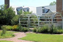 Supporto conico in giardino Fotografie Stock