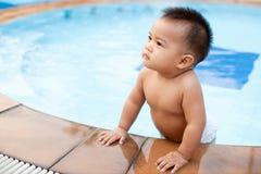 Supporto del bambino nel raggruppamento Fotografia Stock