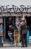Supporto di giornale, Monastiraki, Atyhens, Grecia fotografia stock libera da diritti