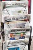 Supporto di giornale tedesco Berlino immagine stock libera da diritti