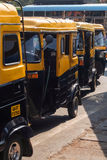 Supporto di taxi del risciò a Panaji, Goa, India Fotografia Stock