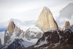 Supporto Fitz Roy e supporto Poicenot al parco nazionale di Los Glaciares, Argentina Fotografie Stock Libere da Diritti