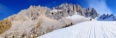 Supporto Latemar nelle alpi, Italia Fotografia Stock