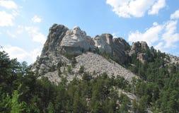 Supporto Rushmore con le nubi Immagine Stock Libera da Diritti