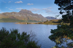 Supporto Slioch e loch Maree fotografia stock