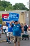 Supportrar av lokala kandidater på Mendota dagar Royaltyfri Fotografi