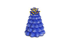 Supports bleus de bougie de vacances sur le support de porcelaine Images libres de droits