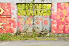 Sur Epte Clair Святого, Франция - 10-ое октября 2015: краска на wa Стоковые Изображения