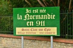 Sur Epte di Saint Clair - 4 ottobre 2015: qui il normandie era b Fotografia Stock Libera da Diritti
