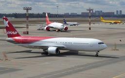 Sur l'aérodrome de l'aéroport de Sheremetyevo Photos stock