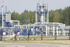 Sur l'une huile et industrie du gaz foncées dans HDR puissant traitant l'effet images libres de droits