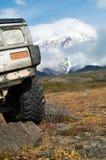 Sur la jeep à vulcan Photographie stock