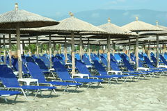 Sur la plage en Grèce, les NEI Pori Image stock