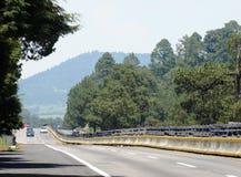 Sur la route photo stock