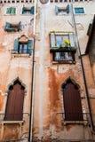 Sur la rue, Venise, Italie images libres de droits