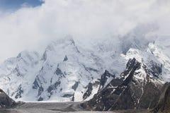 Sur le glacier de baltoro photographie stock libre de droits