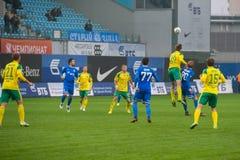Sur le jeu de football photographie stock libre de droits