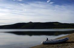 Sur le lac. Photo libre de droits