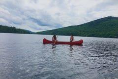 Sur le lac cet été Photos stock