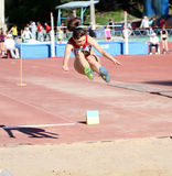 Sur le long saut Photo libre de droits