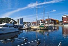 Sur le quai dans le port de Halden Photo libre de droits