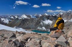 Sur le sommet au Kirghizistan Photos libres de droits