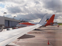Sur le terminal d'aéroport Photos libres de droits