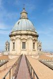 Sur le toit de la cathédrale de Palerme Photographie stock