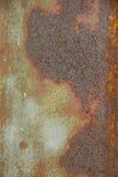 Sur le vieux zinc corrodez avec la rouille images libres de droits