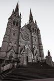 Sur les étapes de la cathédrale du ` s de St Mary à Sydney image stock