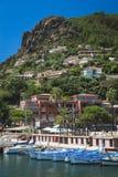 Sur Mer Cannes la Côte d'Azur de Théoule photos libres de droits