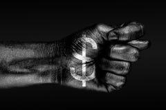 Sur une main avec un symbole dollar tiré, une figue est dépeinte, un signe d'agression, le désaccord, argument, sur un fond foncé illustration libre de droits