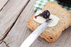 Sura Cherry On Butter Arkivfoton