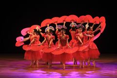 Surabaya indonesia, juli 29 2016 balettdanskapaciteter arkivfoto