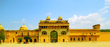 Suraj Pol/portone Amber Fort, Jaipur di Sun fotografie stock libere da diritti