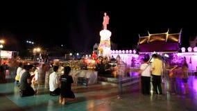 Статуя Suranaree, котор нужно поклониться Стоковые Фотографии RF