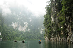 Surat Thani - озеро Chiew Larn, национальный парк Khao Sok Стоковые Фото