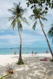 SURAT THANI, THAILAND - 26. SEPTEMBER 2017: nicht identifizierte touris Lizenzfreies Stockbild